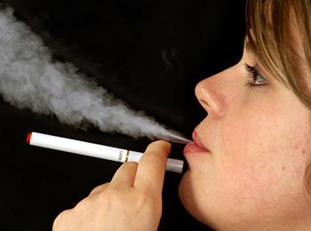 http://shop.evolta.cl/img/descriptions/cigarroelec0003.jpg
