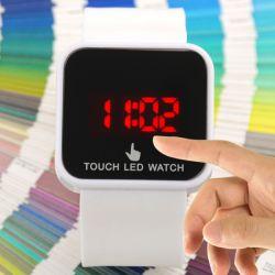 http://shop.evolta.cl/img/descriptions/relojtouch2.jpg